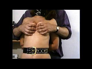 الثدي التعذيب على وقحة زوجة