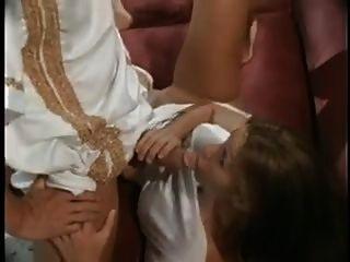 زوج الأفلام زوجته مارس الجنس من قبل الرجال المغاربة الساخنة