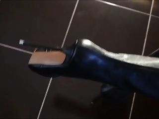 أوفيركني الأحذية مع الكعب العالي المتطرفة