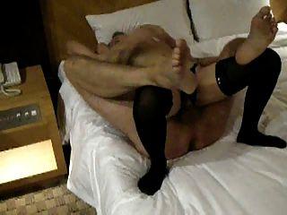 آخر المغتربين سخيف فتاة محلية في غرفة الفندق له