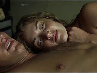 كيت وينسلت مشاهد الجنس في القليل