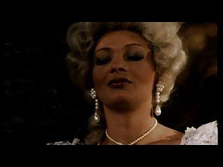 كونتيس من العضو التناسلي النسوي، سيدة في انتظار الملكة الكلبة