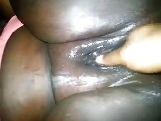 الدهون السوداء كس بالإصبع
