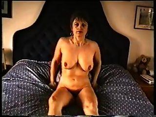 ناضجة أمي مع فلابي الثدي \u0026 شعر مهبل