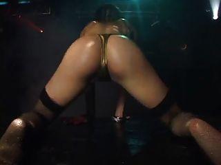 بيكيني الرقص النفط الصغير 5