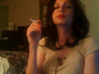 جينا، تدخين، ترانس، كوين