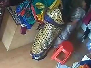 الحرير الحرير ساري عمتي في المحل