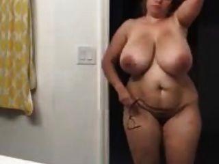 كبير الحمار كبير حلمة الثدي بعقب عارية اتينا 2 - Xalabahia.com