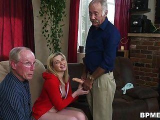 بريسس في سن المراهقة ستاسي الملاعين الرجل العجوز