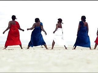 المرأة الأفريقية توركينغ، أفضل في العالم