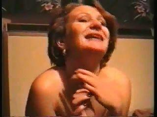 زوجة طبطب مارس الجنس جيدة من قبل بي بي سي
