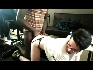 فيم أسفل الحصول على مارس الجنس سرج بواسطة ديك أسود