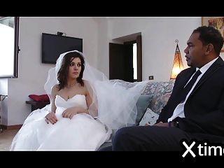 غير مخلصة الايطالية زوجة الملاعين مع رجل أسود