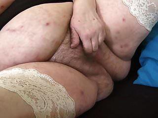 ماما كبيرة مع كس مشعر كبير الثدي المترهل