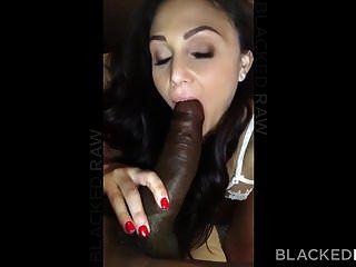 زوجة سمراء غريبة blackedraw يحب الديك الأسود في فندقها