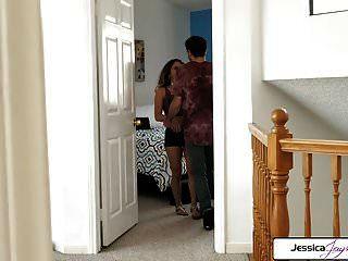 جيسيكا jaymes و ليف تجديدها يمارس الجنس مع ديك كبيرة ، غنيمة كبيرة
