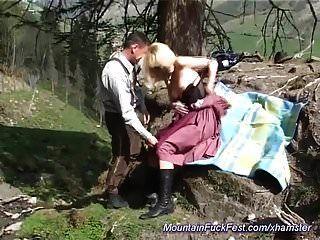 جبهة مورو الشرج الألمانية مارس الجنس في الجبال