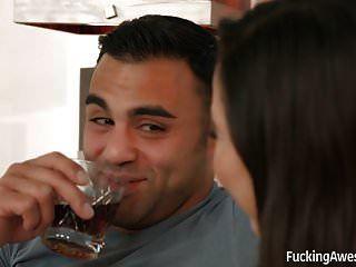 karlee الرمادي يحصل بوسها شعر مارس الجنس من الصعب