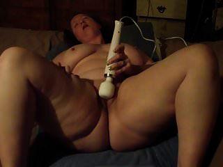 BBW orgasming مع لعبتي لزوجي