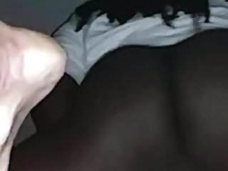 وقحة بيضاء التدليك بوسها حتى انها cums في كل شيء على ديكي الأسود