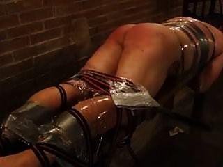 الضرب بالعصا مكثفة للعبد