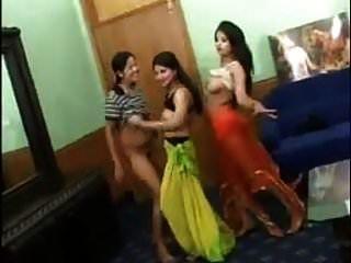3 مثير الفتيات الرقص الهندي الشريط عارية
