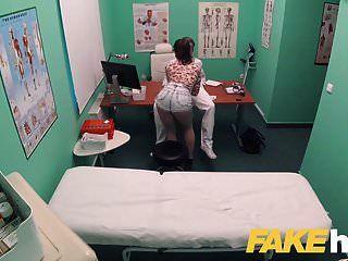 مستندات المستشفى القذرة وهمية ديك كبيرة يحب المرضى ضيق كس