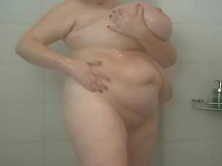 Ultra mega chichotas en la ducha