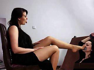 البولندية فتاة تان رائحة كريهة العبادة النايلون