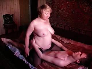 أمي الروسية وابنه الروسية العجوز وصبي 3