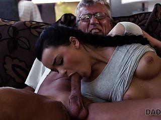 daddy4k. الغش على فرنك بلجيكي مع والده