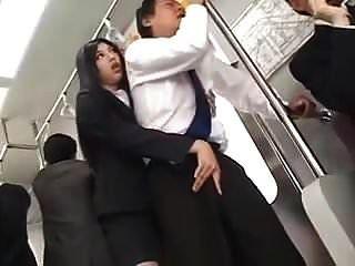 ندف طويل الحسية و hj في القطار (رقابة)