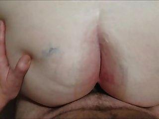 الجدة الدهون يحصل الحمار مارس الجنس الثالث