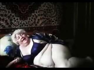 الجدة (74) على كام