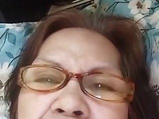 الجدة evenyn سانتوس هل تظهر الشرج مرة أخرى.