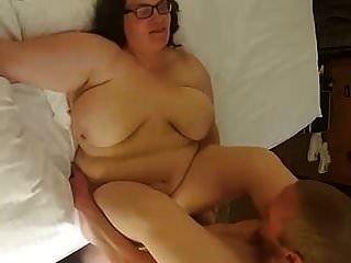 المرأة الجميلة كبيرة زوجة الحلمه مارس الجنس و creampied