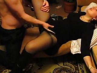 أمي الشباب يحصل بوسها الرطب اصابع الاتهام nicolo33