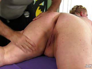 امرأة سمينة الفودو الفودو يتلقى التدليك مهبل قذر
