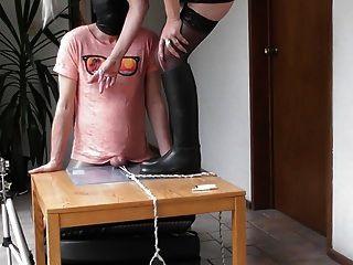 كرات تعذيب