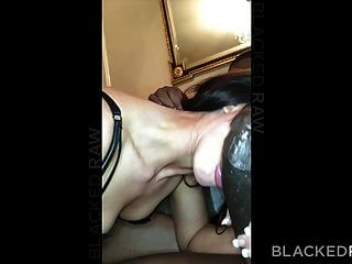 زوجة blackedraw تحب أكبر بي بي سي في العالم في غرفة الفندق