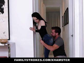 familystrokes أبي غير قادر على رؤية ابنه خطوة وابنته يمارس الجنس