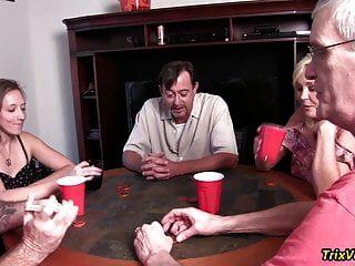 حزب لعبة البوكر الحي